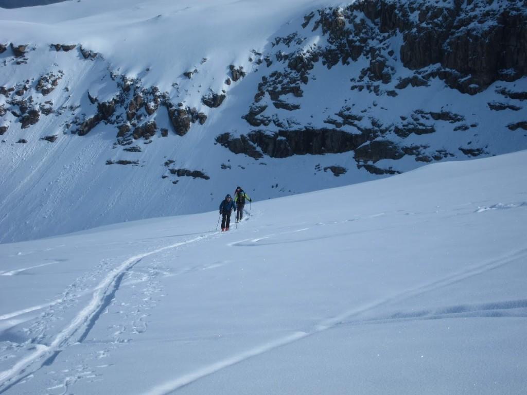 3400m, egyre több a friss hó