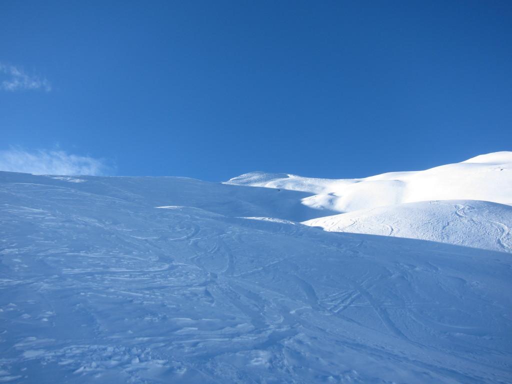 lesielés után. Bár nem úgy néz ki, ez a hó kíváló minőségű porhó.