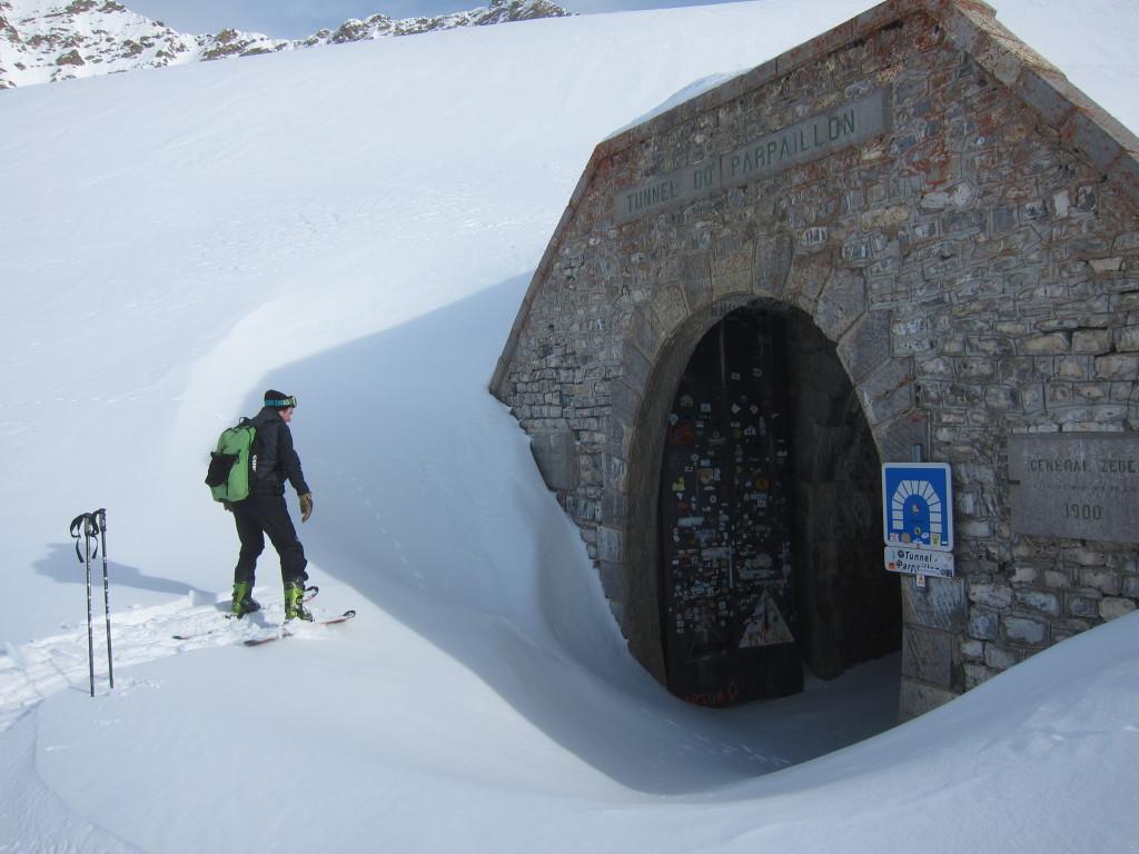 Ez az alagút